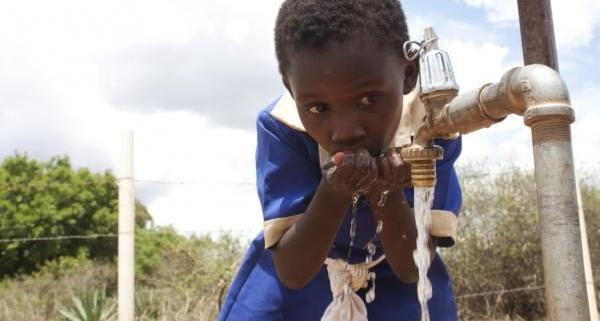 مدیریت بهداشت آب و فاضلاب برای کنترل همه گیری های منتقله از آب