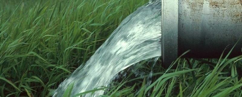بررسی کیفیت آب مصرفی برای آبیاری در کشاورزی